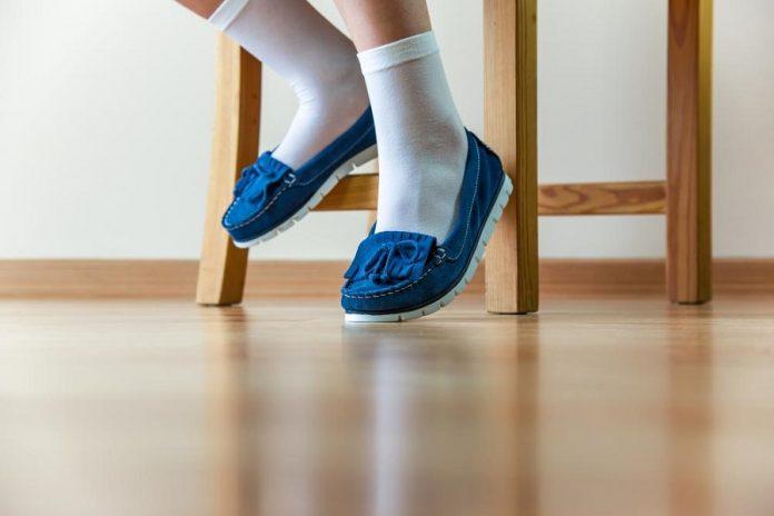 Comment porter des chaussettes avec des mocassins _
